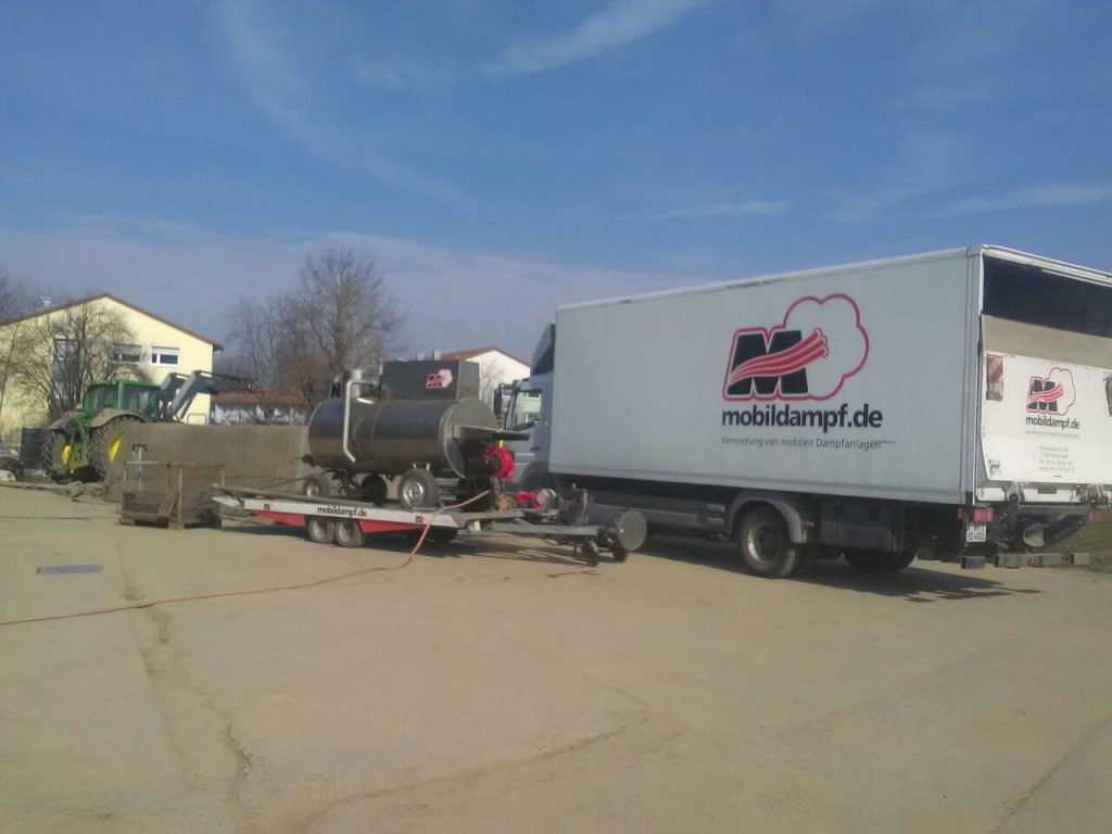 Dampfausrüstung mit Dampfkessel und Zubehör zum Dämpfen von Palletino-Trays