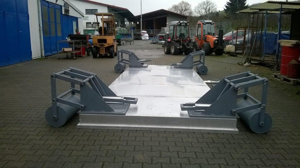 Stachel-Dämpfhaube auf Rollen mit hydraulischer Hebevorrichtung