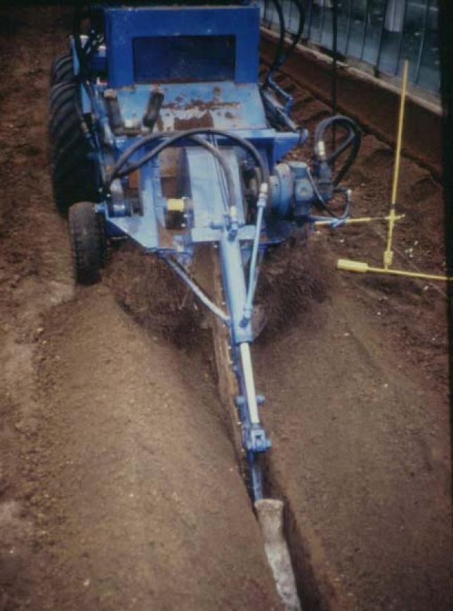 Maschine zur Drainage-Installation